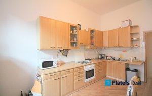 Prodej bytu 3+1, 96m2, cihla, 2min od metra Palmovka