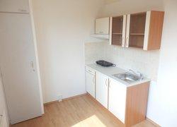 Pronájem bytu 1+1, 38 m2, ul. Bruzovská, Frýdek-Místek, možnost trvalého bydliště