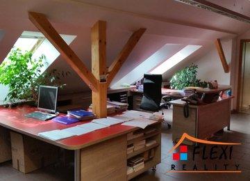 Pronájem podkrovních kancel. prostor 145 m² na u. Daliborova, Ostrava-Mar. Hory