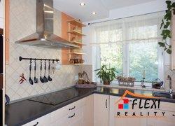 Prodej nově zrekonstruovaného bytu 3+1 v os.vl., 75 m2, s garáží a zahradou na ul. Lískovecká, Frýdek-Místek
