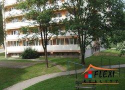 Pronájem, Byty 1+1, 35m²+balkon, ul. Žižkova, Karviná