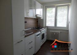 Pronájem dr. bytu 3+1 s balkonem, 77 m2, ul. J. Trčky, Frýdlant nad Ostravicí