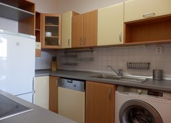 Pronájem zařízeného bytu 3+1 s terasou a garáží, 75 m2, ul. Hasičská, Frýdek-Místek