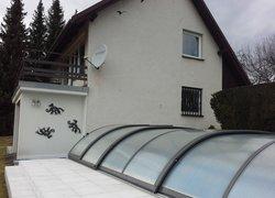 Prodej zděné chaty s krbem, terasou a bazénem, Janovice, Frýdek-Místek
