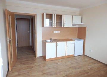 REZERVOVÁNO - Pronájem bytu 1+kk s  prostornou lodžií, 24m², Moravská Ostrava a Přivoz, ul. Hrušovská