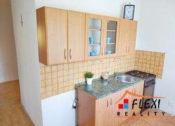 Prodej bytu v os.vl., 2+1 s lodžií, 56 m², ul. Těreškovové, Karviná
