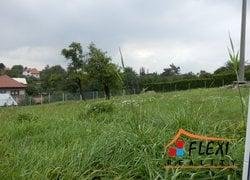 Prodej stavebního pozemku o vel. 908 m2, v obci Staříč.