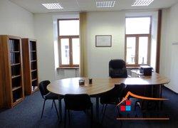 Pronájem nezařízené kanceláře, cca 32 m2, poblíž náměstí Svobody, Frýdek-Místek