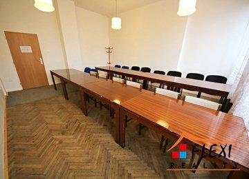 Pronájem kancelář (školící místnost), cca 26 m², ul. Heydukova, Frýdek-Místek