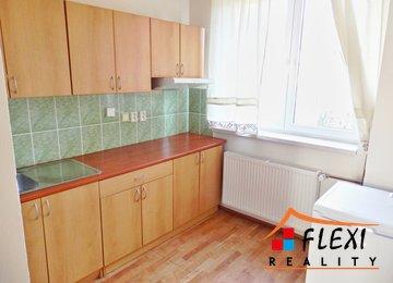 Pronájem bytu 1+1 (+ výklenek), 40 m2, ul. Sadová, Frýdek-Místek