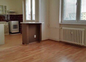 Pronájem bytu 2+1/54 m2 s balkonem na ul. Větrná,  Ostrava - Poruba