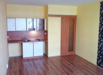 Pronájem bytu 1+kk, 33m² s lodžií na ul. U Parku,  Ostrava - Moravská Ostrava