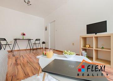 Prodej rekonstruovaného bytu v osob. vl. 2+1, 58m² ul. Dolní, Ostrava - Zábřeh