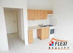 Pronájem bytu 1+1, 36 m2, dva balkóny, ul. Bezručova, Frýdek-Místek