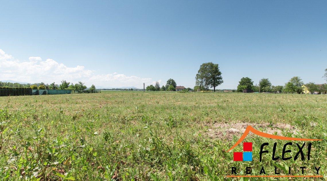 roman-mikita-flexireality-lucina-prodej-stavebni-pozemek