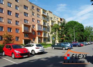 REZERVACE - Pronájem bytu 2+1 s lodžií, 52 m2, Ostrava - Poruba, ul. Ukrajinská