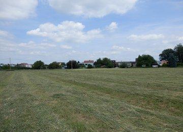 Prodej stavebního pozemku o rozloze 1783 m2, obec Lučina