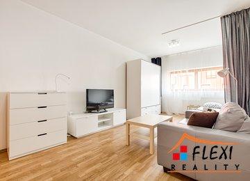 Pronájem moderního zařízeného bytu 1+kk, 33 m² ul. Pampelišková, Ostrava