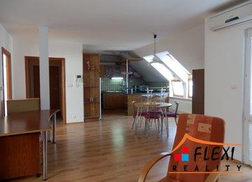 Pronájem zařízeného podkrovního bytu 3+kk v os.vl. s lodžií, 90 m2, ul. J.V.Sládka, Frýdek-Místek