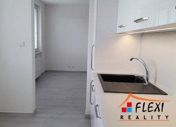 Pronájem bytu 2+1, 54m² na ul. Šeříkova, Ostrava - Výškovice