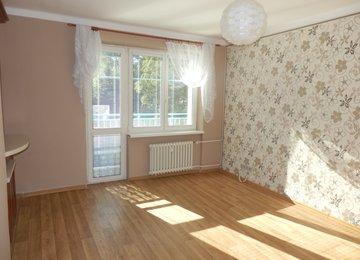 Pronájem družs. bytu 2+1 s balkonem/48m² + garáž, ul. 17.listopadu, Havířov