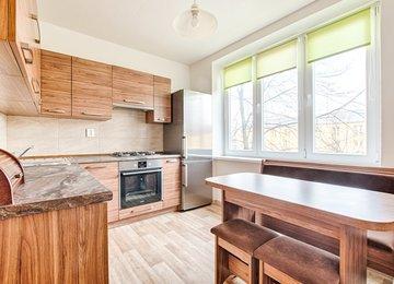 Prodej družs. bytu 2+1+balkon, 62m², ul. Havířská, Karviná - Nové Město