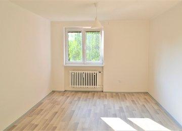 Pronájem bytu 3+1 v os. vl., v cihlovém domě, 57m2, ul. Tolstého, Frýdek-Místek