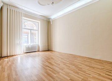 ZLEVNĚNO - Pronájem zrekonstruovaných kancelářských prostor, 87 m2, Moravská Ostrava, ul. Sokolská třída