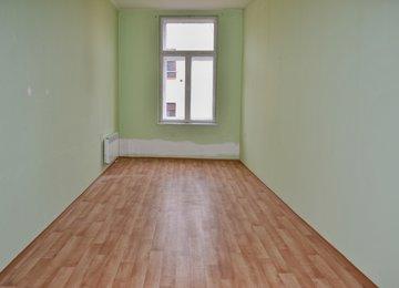 Pronájem komerčních prostor, 83 m2 v centru města, ul. Tržní, Frýdek-Místek