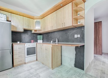 Pronájem moderního bytu 2+1+lodžie, 56m² ul. V. Nejedlého, Karviná - Ráj