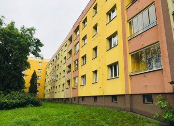 Prodej bytu v os. vl. s lodžií o vel. 2+1/56 m2 na ul. Horova, Karviná