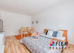 Prodej bytu v osob. vl. 2+1 s lodžií/56m² tř. Osvobození, Karviná - Nové Město