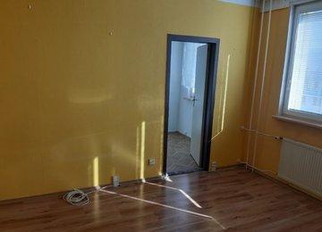 Pronájem bytu 2+1, 45m² v Bělském Lese