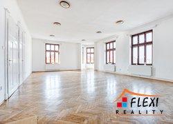 Pronájem bytu 3+1, 142 m2, ul. Kostelní, náměstí J. A. Komenského, Brušperk