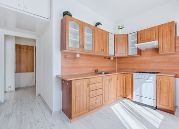 Pronájem družs. bytu 1+1, 34m² - ul. Kosmonautů, Karviná - Ráj