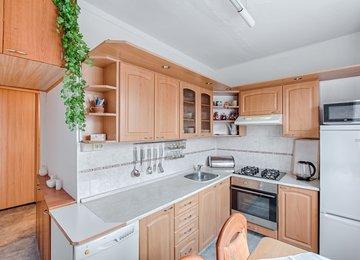 Prodej družs. bytu 4+1/72m² na ul. Na Kopci, Karviná - Mizerov