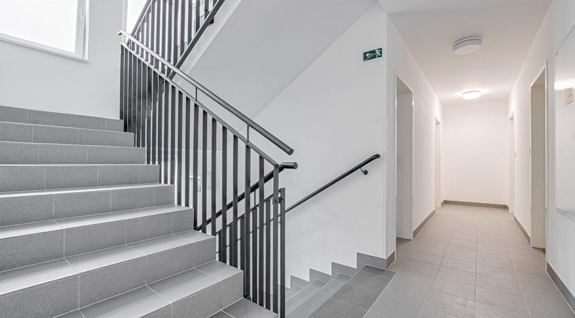 roman-mikita-realitni-makler-flexireality-frydek-mistek-novostavba-pronajem-byt-1+kk-balkon-parkovan
