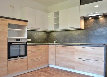 Pronájem bytu 3+1, 75 m² s lodžií a garáží, ul. Gogolova, Frýdek-Místek