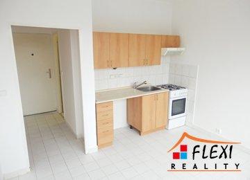 Pronájem bytu 1+1, 36,4 m², dva balkóny, ul. Bezručova, Frýdek-Místek