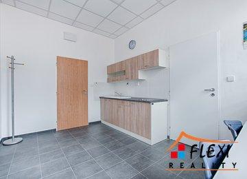 Pronájem samostatné kanceláře 31m², Moravská Ostrava a Přívoz, ul. Hrušovská