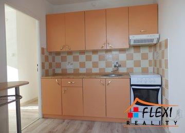 Pronájem rekonstruovaného bytu 2+1 s balkónem v os.vl., 43 m2, ul. Bezručova, Frýdek-Místek