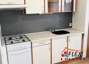Podnájem prostorného bytu 1+1 s lodžií, 41 m2, Ostrava - Jih - Hrabůvka, ul. Cholevova