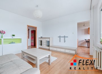 Pronájem zrekonstruovaného a zařízeného bytu 3+1+lodžie 63 m2, ul. Fr. Čechury, Ostrava-Poruba