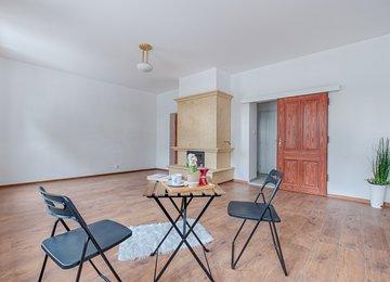 Pronájem bytu 1+kk s krbem, 36m² ul. Zámecká, Karviná - Fryštát