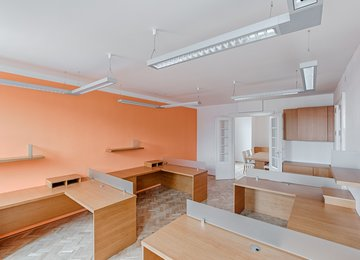 Pronájem kanceláře 80 m² ul. Těšínská, Opava - Předměstí