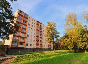 Prodej družstevního bytu 2+1 s lodžií/52m² - U Lesa, Karviná - Ráj