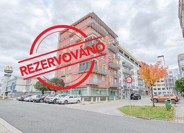 Pronájem prostorného a zařízeného bytu 3+kk s balkónem, dr.vl., 98m2, Ostrava - Poruba, ul. U Soudu