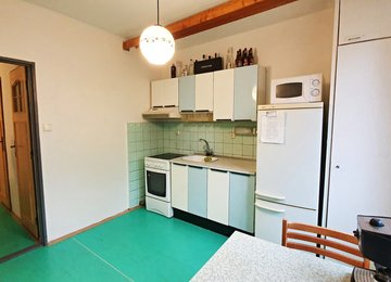Podnájem částečně zařízeného družstevního bytu 1+1, 41 m2, ul. Pod Morávií, Kopřivnice