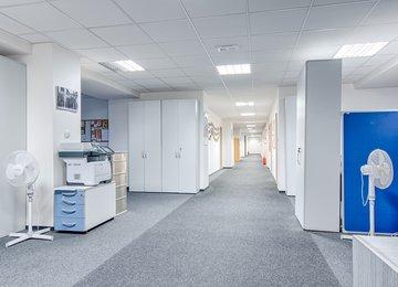 Pronájem zrekonstruovaných kancelářských prostor, 650 m2, Moravská Ostrava a Přívoz, ul. Hrušovská