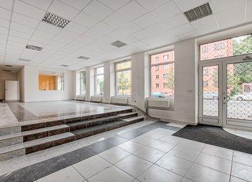 Pronájem obchodní prostoru s výlohami 168 m² ul. Nádražní, Moravská Ostrava